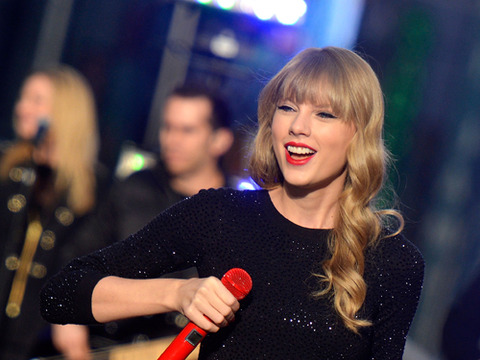 Video! Taylor Swift's 'Begin Again'