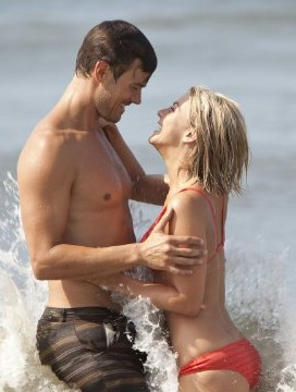 Trailer! Josh Duhamel and Julianne Hough Get Steamy in 'Safe Haven'