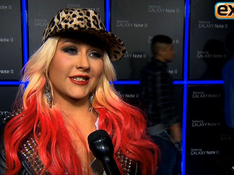 Video! Christina Aguilera at Samsung Galaxy Note II Launch Event