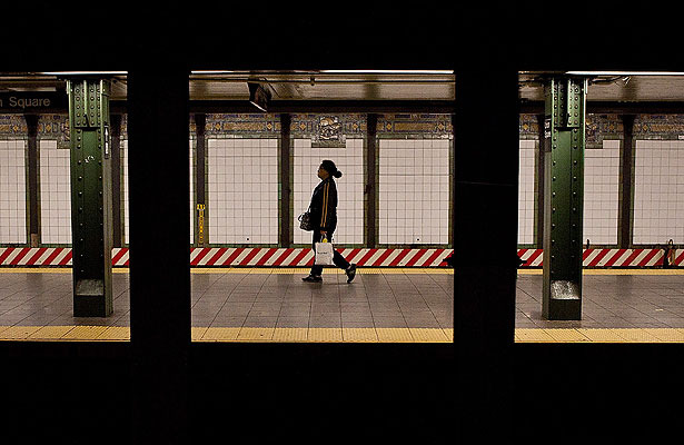 Extra Scoop: NYC to Shut Down Subways in Preparation for 'Frankenstorm'