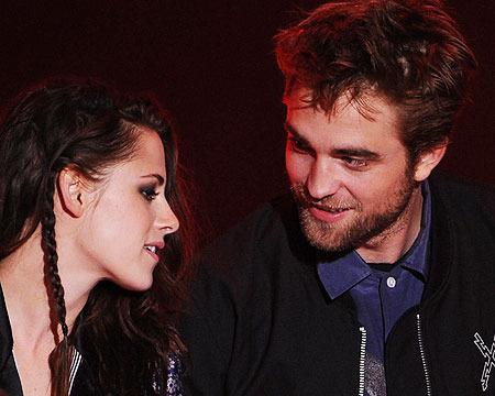Robert Pattinson and Kristen Stewart Spend Halloween Together... in Masks