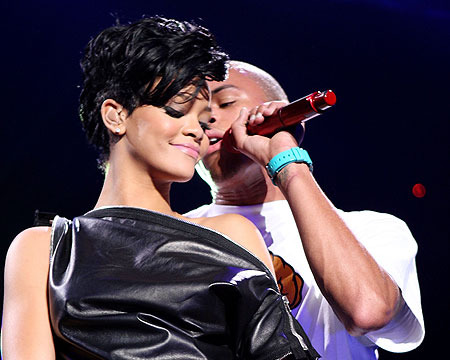 Chris Brown and Rihanna Say They are NOT Dating