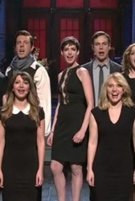 Anne Hathaway on 'SNL': Poking Fun at 'Les Miz,' 'Homeland' and More