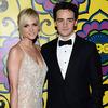 Ashlee Simpson Splits with Actor Boyfriend