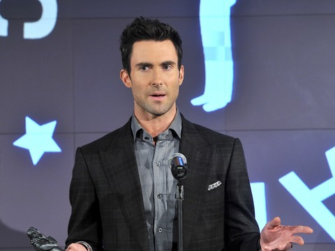 Extra Scoop: Adam Levine Feuding with Honey Boo Boo