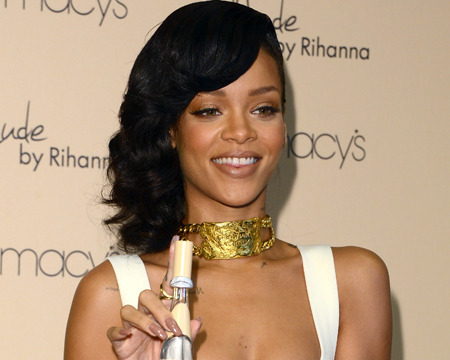 Rihanna on 'Nude' Perfume: 'You Want Your Girl to Smell Like This'