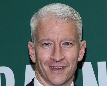 Extra Scoop: Anderson Cooper Went Blind for 36 Hours