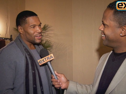 Backstage with Michael Strahan at His Broadway Debut in 'Elf'
