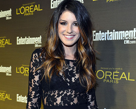 '90210' Star Shenae Grimes is Engaged