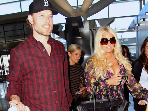 Is Jessica Simpson Planning a Secret Wedding?