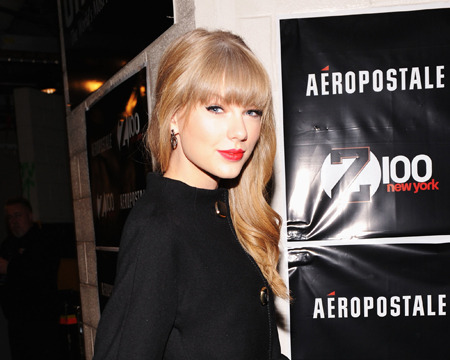 Man Arrested After Trespassing on Taylor Swift's Property