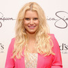 Pix! Jessica Simpson Shows Off Baby Bump