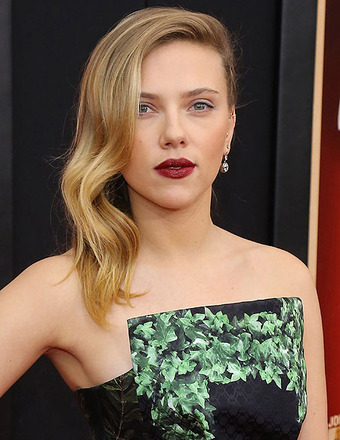 Rumor Control: Is Scarlett Johansson Engaged?