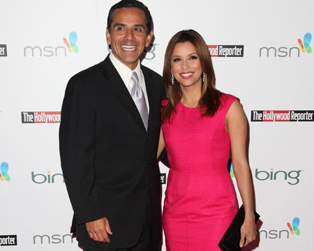 Eva Longoria Says She's Not Dating Mayor Antonio Villaraigosa