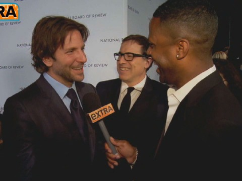 Countdown to Oscar Nominations: 'Extra' with Cooper, Hathaway and Affleck