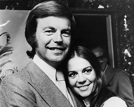 Extra Scoop: Robert Wagner Not a Suspect in Natalie Wood's Death