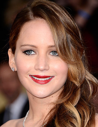 2013 SAG Awards: Jennifer Lawrence Getting Over 'Pneumonia'
