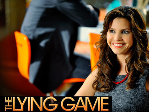 Chat Live with Charisma Carpenter of 'The Lying Game'