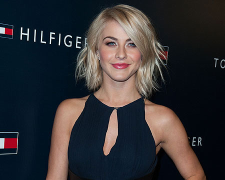 Report: Julianne Hough Victim in Jewelry Theft from Car