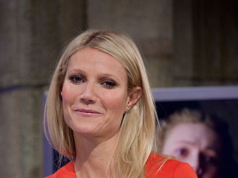 Gwyneth Paltrow Reveals Miscarriage: 'I Nearly Died'
