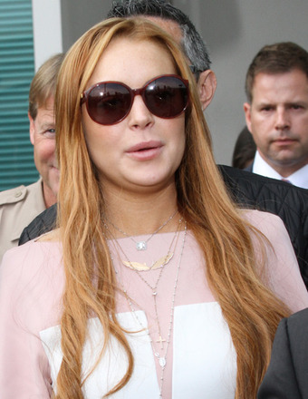 Lindsay Lohan Can't Stop Clubbing, Hits L.A. Scene with BF Avi Snow