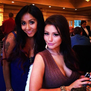 rs_300x300-130325064332-300.snooki.jwow.2.313