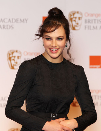 'Downton Abbey' Star Jessica Brown Findlay Regrets Topless Scene