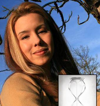 Jodi Arias Sells Hourglass Art from Behind Bars