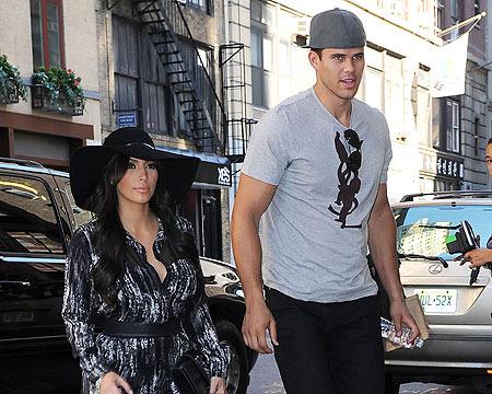 Kim Kardashian Divorce: Could a Settlement Be Near?