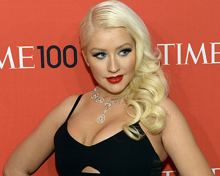 Pic! Sexy Christina Aguilera Shows Off Slimmer Figure
