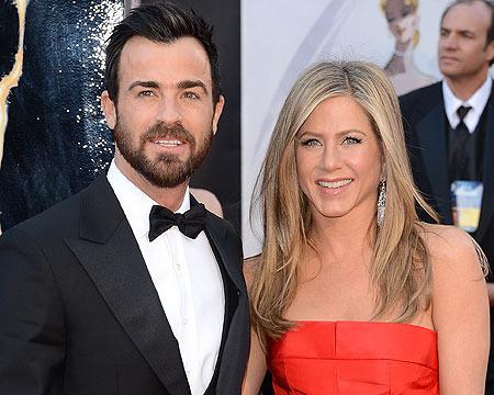 Did Jennifer Aniston Delay Wedding?