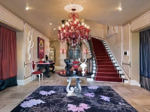 How Much? Christina Aguilera Finally Sells 'Osbournes' Mansion