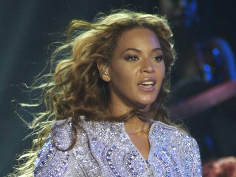 Beyoncé Cancels Show, Cites Dehydration and Exhaustion