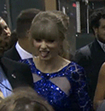 Video! Taylor Swift's Disgusted Reaction to Justin Bieber and Selena Gomez's PDA