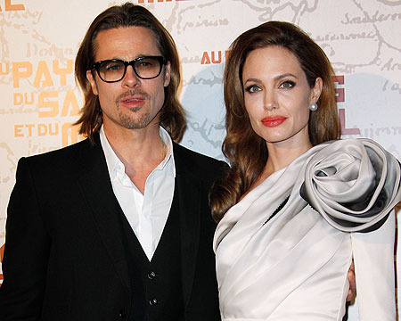 Extra Scoop: Angelina Jolie to Make First Post-Mastectomy Appearance