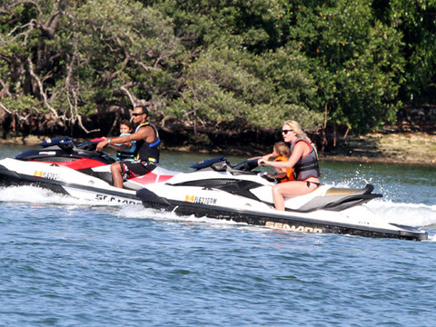 Tiger Woods and Lindsey Vonn Take Kids Jet Skiing