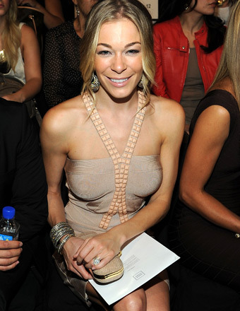LeAnn Rimes Was 'Depressed,' But Now Feeling 'Stronger' Than Ever