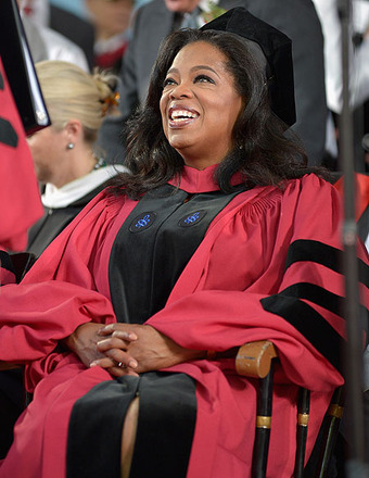 Oprah Winfrey Receives Honorary Degree, Gives Commencement Speech at Harvard