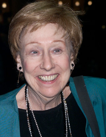 'All in the Family' Star Jean Stapleton Dies at 90