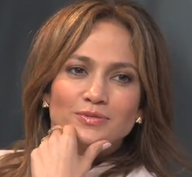 Video! Jennifer Lopez Dishes with Ryan Seacrest on 'Idol'