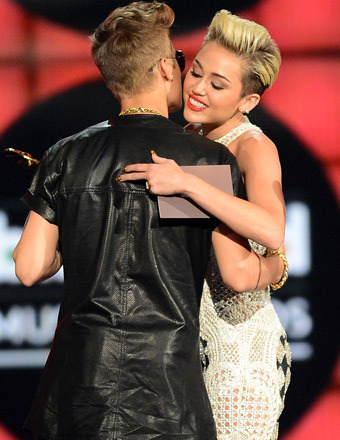 Justin Bieber's Reported Flirt Fest with Miley Cyrus