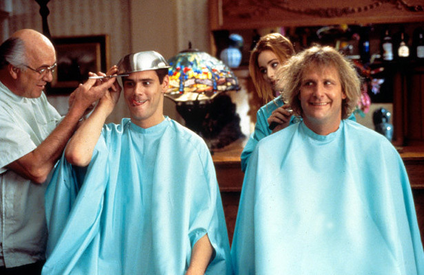 Jim Carrey and Jeff Daniels Sign for 'Dumb and Dumber 2'!