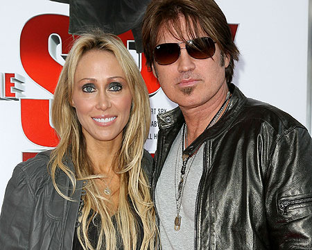 Tish and Billy Ray Cyrus Cancel Divorce… Again