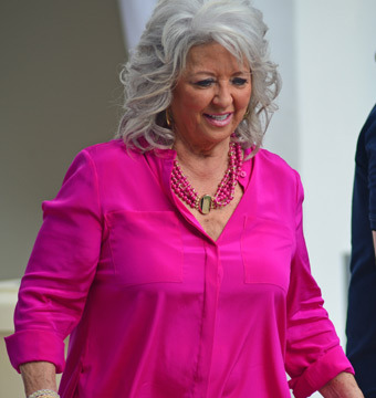 Extra Scoop: Did Paula Deen Pay Big Bucks to Settle Her Lawsuit?