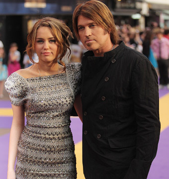 Miley Cyrus to Billy Ray: 'I'm Giving You an Hour to Tell the Truth'