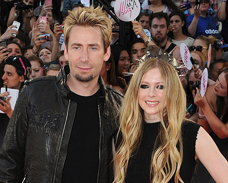Avril Lavigne to Marry Chad Kroeger, But Party First