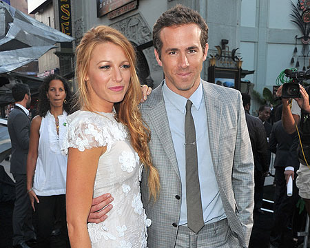 Extra Scoop: Ryan Reynolds Wants a 'Big Family'