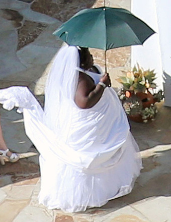 Jimmy Kimmel Wedding: Gabourey Sidibe Pulls Prank, Dresses as Bride