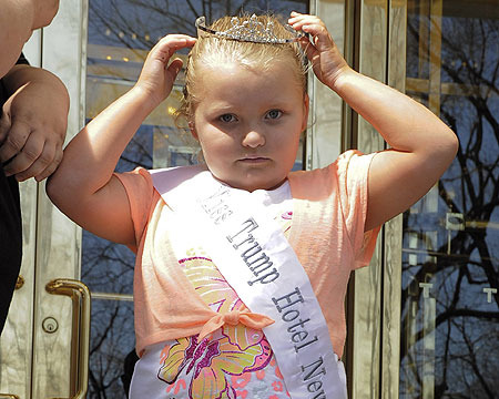Extra Scoop: Honey Boo Boo to Retire from Pageants?