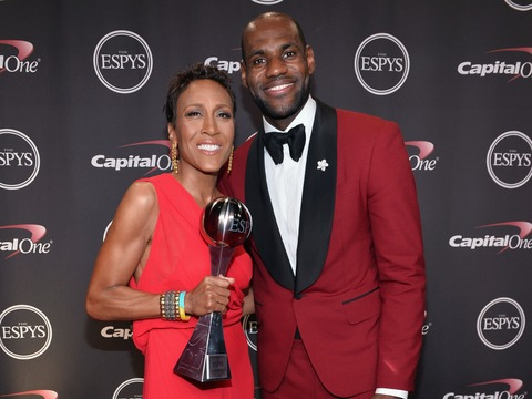 Robin Roberts Gives Inspirational Speech at ESPY Awards